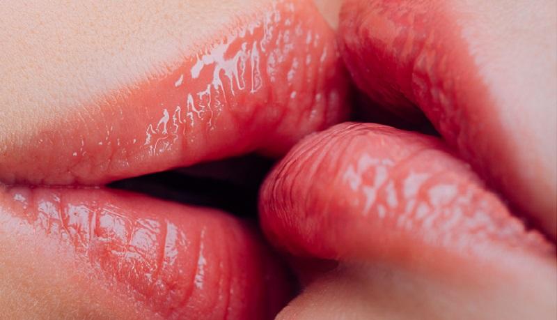huulet suutelevat
