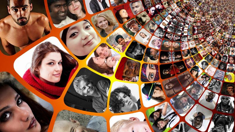 Paljon erilaisia sosiaalisen median valokuvia ihmisistä.